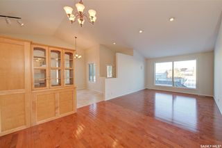 Photo 7: 100 6th Street North in Martensville: Residential for sale : MLS®# SK838358