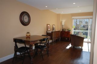 "Photo 2: 176 JAMES Road in Port Moody: Port Moody Centre Townhouse for sale in ""Tall Trees Estate"" : MLS®# R2246456"