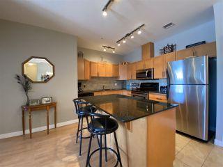 Photo 3: 302 1003 GAULT Boulevard in Edmonton: Zone 27 Condo for sale : MLS®# E4228011