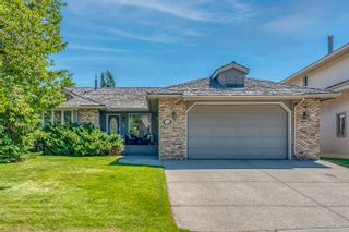 Photo 1: 72 Edelweiss Drive NW in Calgary: Edgemont Detached for sale : MLS®# A1125940