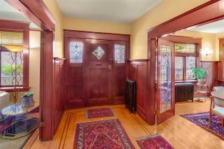 Photo 2: 292 W 13TH Avenue in Vancouver: Mount Pleasant VW House for sale (Vancouver West)  : MLS®# R2445181
