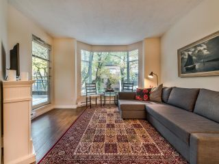 """Photo 8: 107 2628 ASH Street in Vancouver: Fairview VW Condo for sale in """"Cambridge Gardens"""" (Vancouver West)  : MLS®# R2626002"""