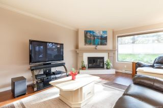 Photo 2: 8 1309 McKenzie Ave in : SE Cedar Hill Row/Townhouse for sale (Saanich East)  : MLS®# 866326