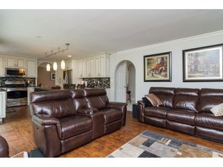 """Photo 7: 20873 72 Avenue in Langley: Willoughby Heights House for sale in """"Smith Development Plan"""" : MLS®# R2093077"""
