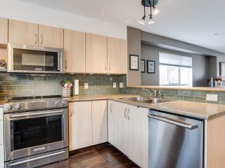 """Photo 3: 6 6747 203 Street in Langley: Willoughby Heights Townhouse for sale in """"Sagebrook"""" : MLS®# R2346997"""
