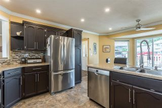 """Photo 4: 50 34899 OLD CLAYBURN Road in Abbotsford: Abbotsford East Townhouse for sale in """"Crown Point Villas"""" : MLS®# R2588503"""