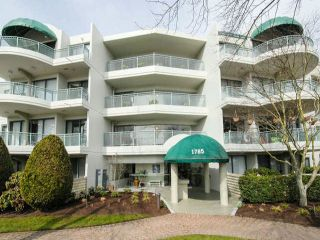 "Photo 2: 102 1785 MARTIN Drive in Surrey: Sunnyside Park Surrey Condo for sale in ""SOUTHWYND"" (South Surrey White Rock)  : MLS®# F1407184"