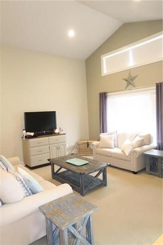 Photo 6: 18 Marshall Place in Steinbach: Deerfield Residential for sale (R16)  : MLS®# 1921873