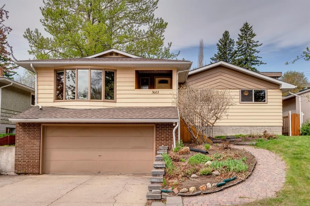 Main Photo: 3603 Chippendale Drive NW in Calgary: Charleswood Detached for sale : MLS®# A1103139