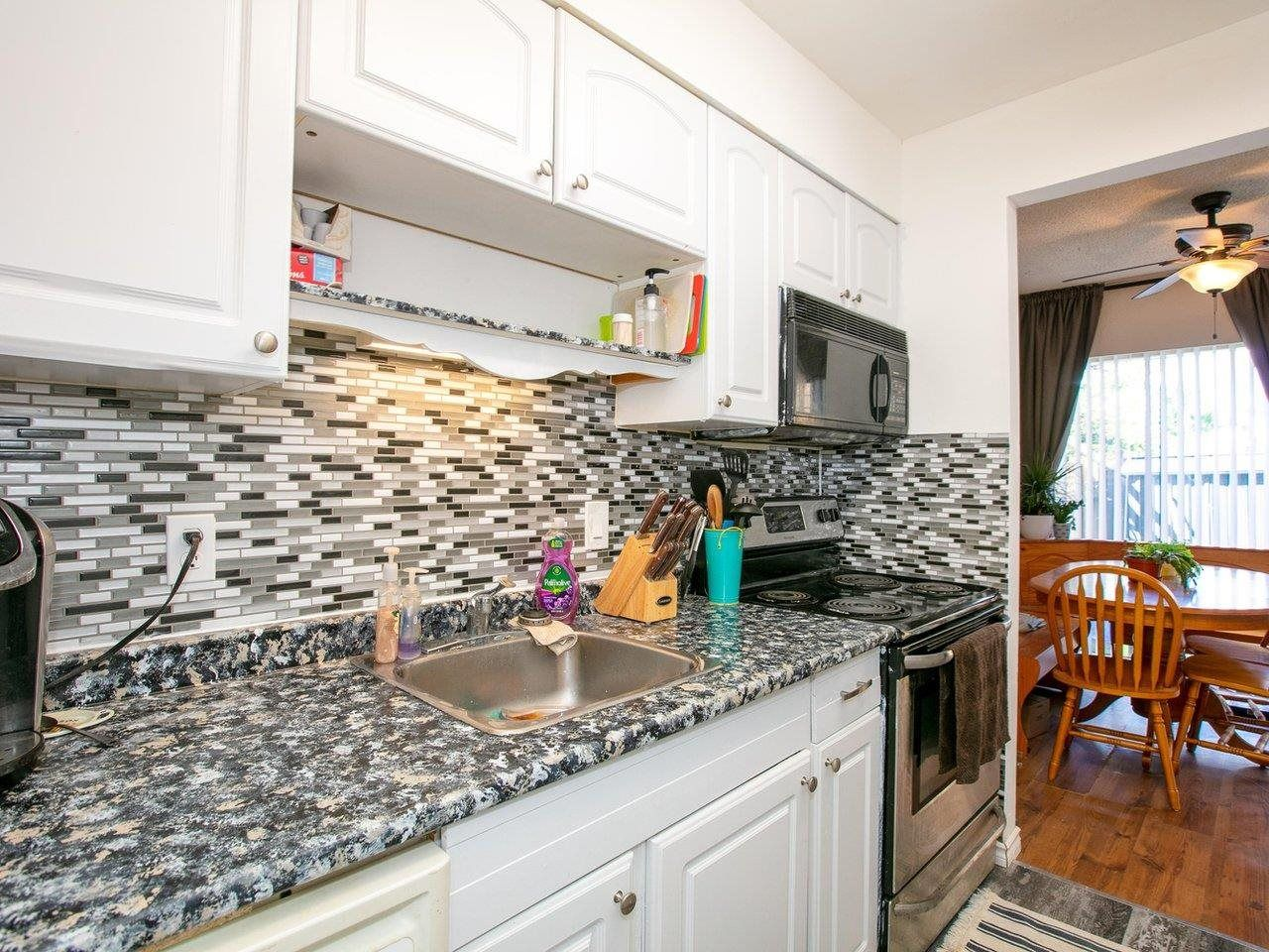 """Photo 8: Photos: 21 10585 153 Street in Surrey: Guildford Townhouse for sale in """"Guildford Mews"""" (North Surrey)  : MLS®# R2593242"""