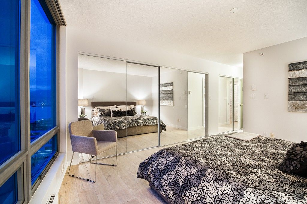 """Photo 18: Photos: 1901 837 W HASTINGS Street in Vancouver: Downtown VW Condo for sale in """"TERMINAL CITY CLUB"""" (Vancouver West)  : MLS®# R2134243"""
