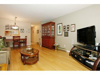 """Photo 3: 25 1235 JOHNSON Street in Coquitlam: Canyon Springs Townhouse for sale in """"CREEKSIDE PLACE"""" : MLS®# V1035997"""