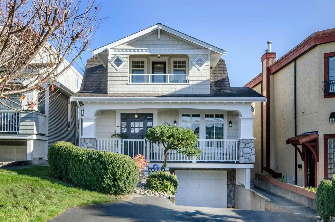 Main Photo: 958 HABGOOD Street: White Rock House for sale (South Surrey White Rock)  : MLS®# R2042099