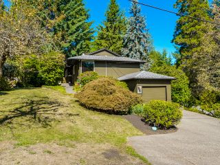 Photo 2: 1975 Alderlynn Drive in North Vancouver: Westlynn House for sale