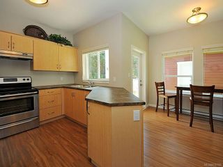 Photo 6: 3392 Merlin Rd in Langford: La Luxton House for sale : MLS®# 616100