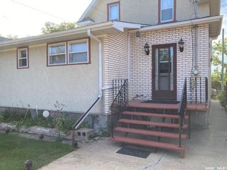 Photo 2: 510 Fairford Street East in Moose Jaw: Hillcrest MJ Residential for sale : MLS®# SK870241