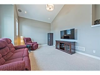 Photo 18: 14 ROCKFORD Road NW in Calgary: Rocky Ridge House for sale : MLS®# C4048682