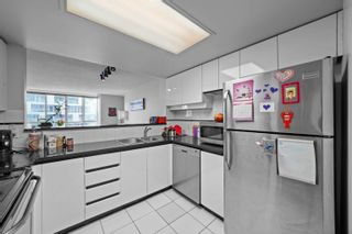 """Photo 11: 1810 1500 HOWE Street in Vancouver: Yaletown Condo for sale in """"The Discovery"""" (Vancouver West)  : MLS®# R2619778"""