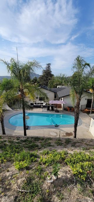 Photo 61: SPRING VALLEY House for sale : 4 bedrooms : 10067 Diversion Dr