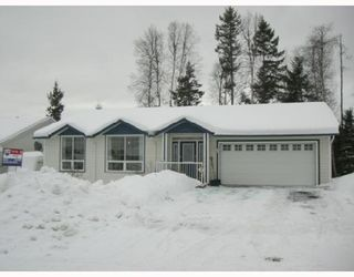 Photo 5: 4569 STAUBLE RD in Prince_George: Hart Highlands House for sale (PG City North (Zone 73))  : MLS®# N178658