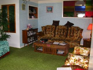 Photo 3: 331 X Avenue South in SASKATOON: Meadow Green (Area 04) Single Family Dwelling for sale (Area 04)  : MLS®# 316572