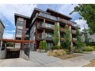 """Photo 1: 206 1661 E 2ND Avenue in Vancouver: Grandview VE Condo for sale in """"2ND & COMMERCIAL"""" (Vancouver East)  : MLS®# V1136892"""