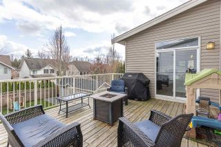 """Photo 37: 2290 CHARDONNAY Lane in Abbotsford: Aberdeen House for sale in """"Pepin Brook"""" : MLS®# R2555950"""