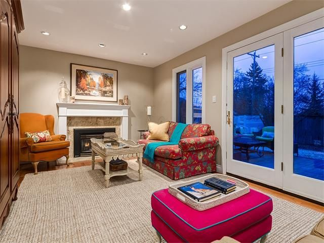 Photo 25: Photos: 7016 KENOSEE Place SW in Calgary: Kelvin Grove House for sale : MLS®# C4055215