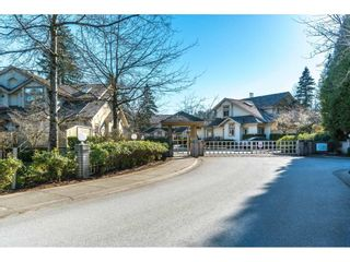 "Photo 2: 4 3387 KING GEORGE Boulevard in Surrey: Elgin Chantrell Townhouse for sale in ""SILVER POND ESTATES"" (South Surrey White Rock)  : MLS®# R2350994"