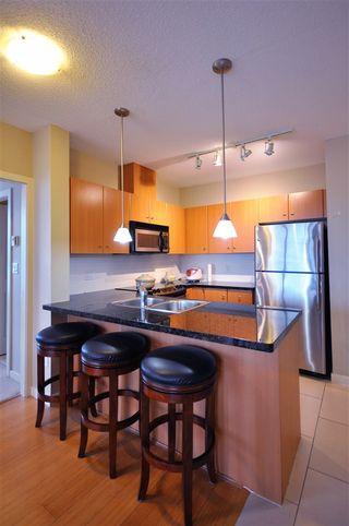 Photo 3: 1702 511 ROCHESTER AVENUE in Coquitlam: Coquitlam West Condo for sale : MLS®# R2453972