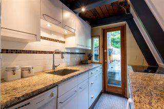"Photo 5: 8409 MATTERHORN Drive in Whistler: Alpine Meadows House for sale in ""ALPINE MEADOWS"" : MLS®# R2380534"