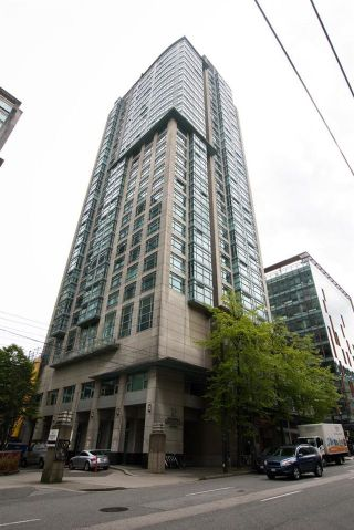 """Photo 35: 2607 438 SEYMOUR Street in Vancouver: Downtown VW Condo for sale in """"Conference Plaza"""" (Vancouver West)  : MLS®# R2574733"""