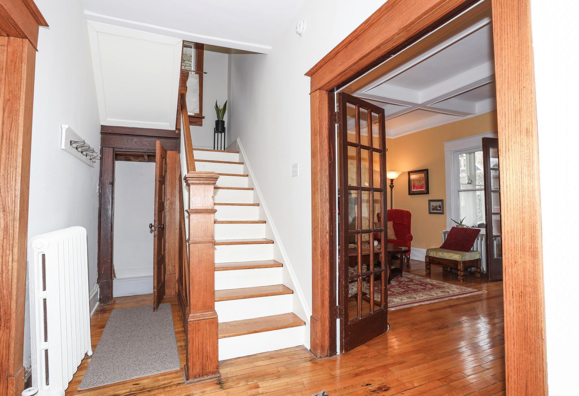 Photo 5: Photos: 35 Lipton Street in Winnipeg: Wolseley Single Family Detached for sale (5B)  : MLS®# 202110486