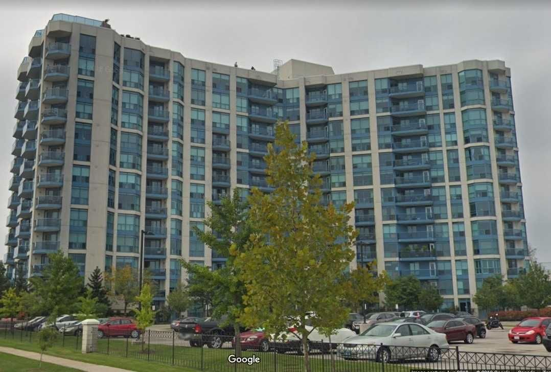 Main Photo: 504 340 Watson Street in Whitby: Port Whitby Condo for lease : MLS®# E4655787