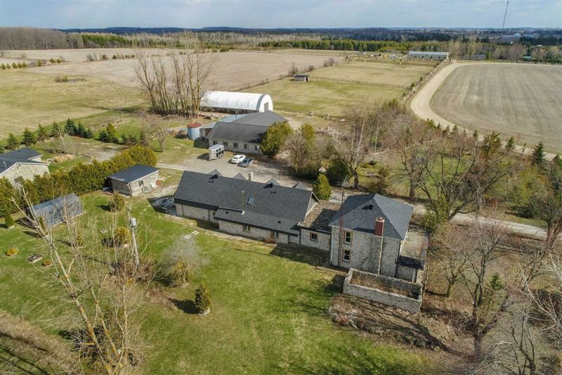FEATURED LISTING: 293199 8th Line Line Amaranth