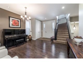 Photo 12: 22 ROCKFORD Road NW in Calgary: Rocky Ridge House for sale : MLS®# C4115282