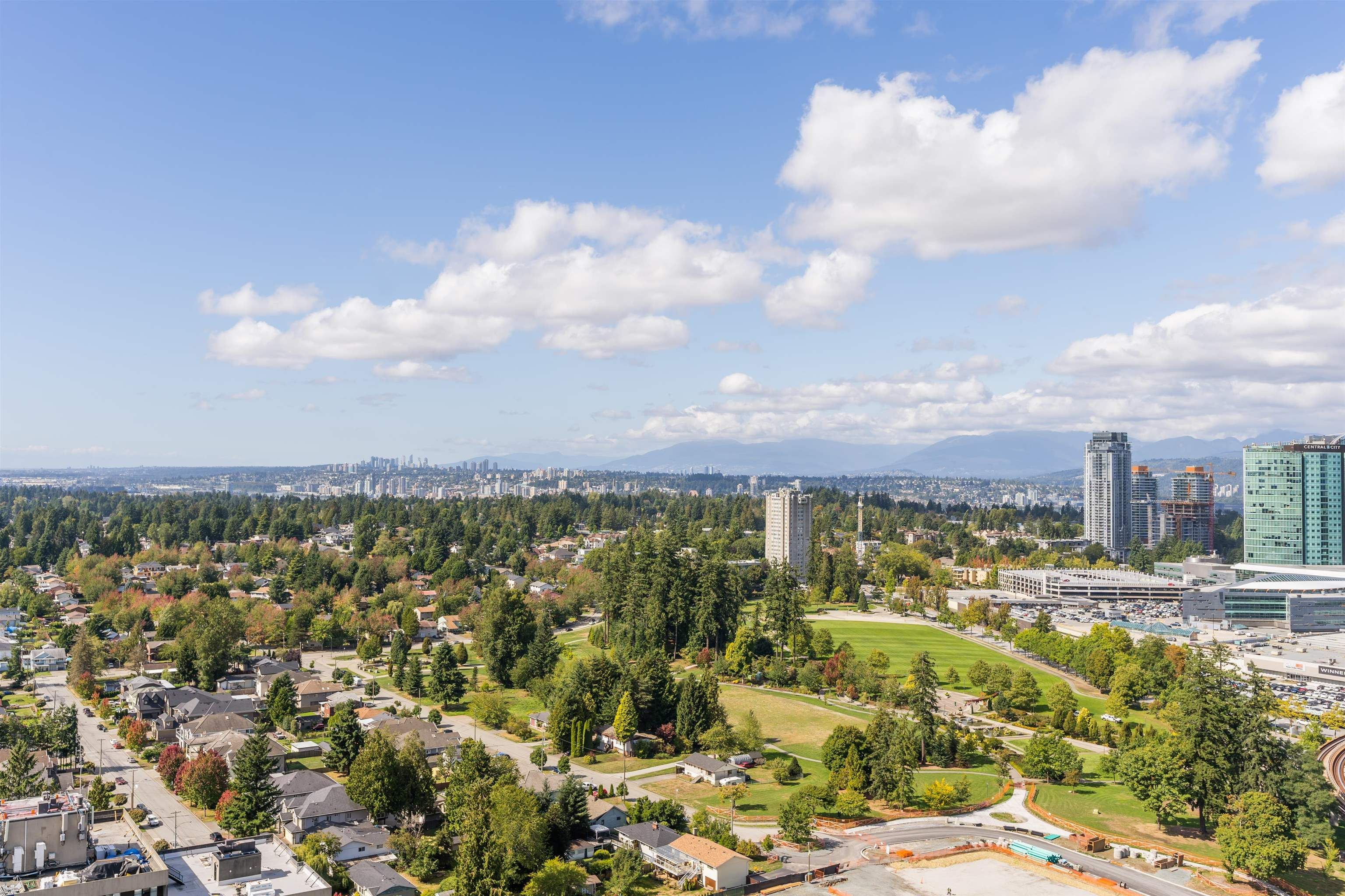 """Main Photo: 3107 13615 FRASER Highway in Surrey: Whalley Condo for sale in """"KING GEORGE HUB"""" (North Surrey)  : MLS®# R2617610"""