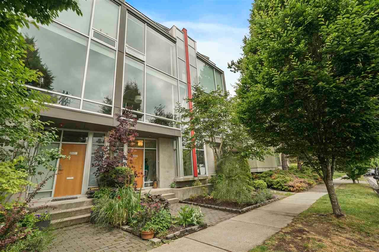 """Main Photo: 3475 VICTORIA Drive in Vancouver: Victoria VE Townhouse for sale in """"Latitude"""" (Vancouver East)  : MLS®# R2590415"""