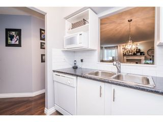 """Photo 13: 202 33675 MARSHALL Road in Abbotsford: Central Abbotsford Condo for sale in """"The Huntington"""" : MLS®# R2214048"""