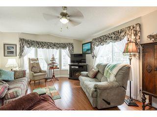"Photo 4: 32 7850 KING GEORGE Boulevard in Surrey: East Newton Manufactured Home for sale in ""Bear Creek Glen"" : MLS®# R2547682"