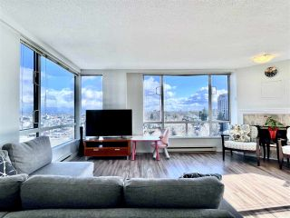 "Photo 4: 1104 2628 ASH Street in Vancouver: Fairview VW Condo for sale in ""Cambridge Gardens"" (Vancouver West)  : MLS®# R2542300"