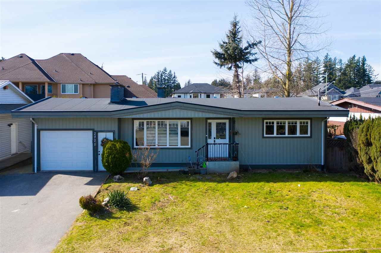 Main Photo: 2771 CENTENNIAL Street in Abbotsford: Abbotsford West House for sale : MLS®# R2562359