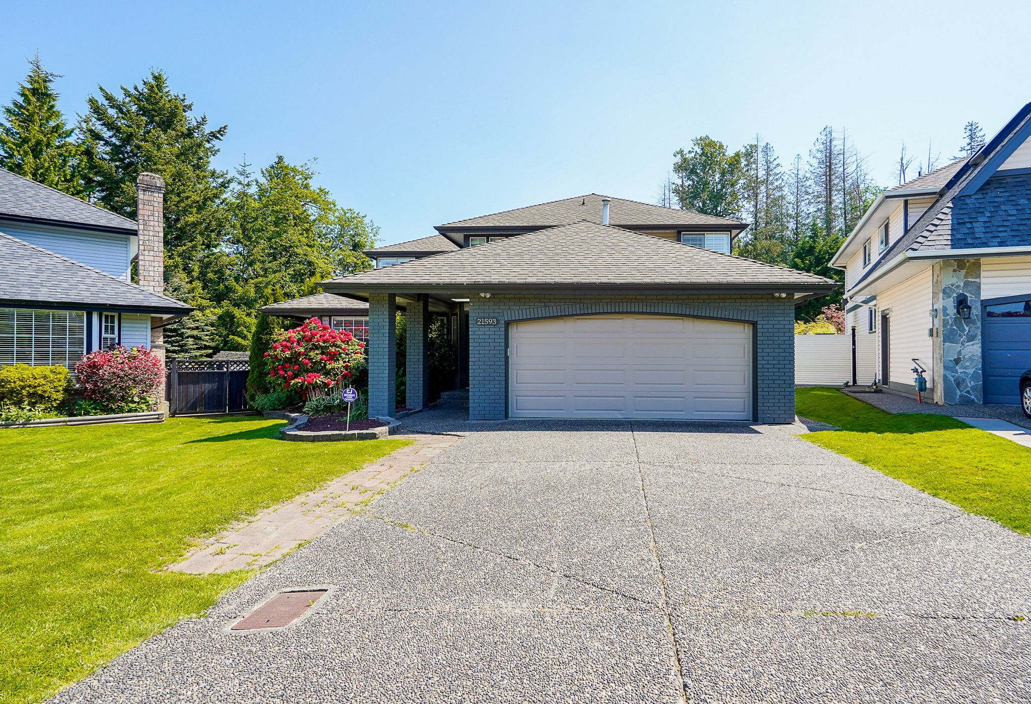 """Main Photo: 21593 86 Court in Langley: Walnut Grove House for sale in """"FOREST HILLS"""" : MLS®# R2584648"""