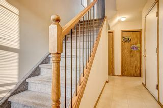 Photo 3: 4 Millview Green SW in Calgary: Millrise Row/Townhouse for sale : MLS®# A1152168
