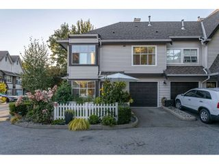 """Photo 3: 75 12099 237 Street in Maple Ridge: East Central Townhouse for sale in """"Gabriola"""" : MLS®# R2497025"""