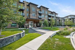 Photo 2: 212 145 Burma Star Road SW in Calgary: Currie Barracks Apartment for sale : MLS®# A1133906