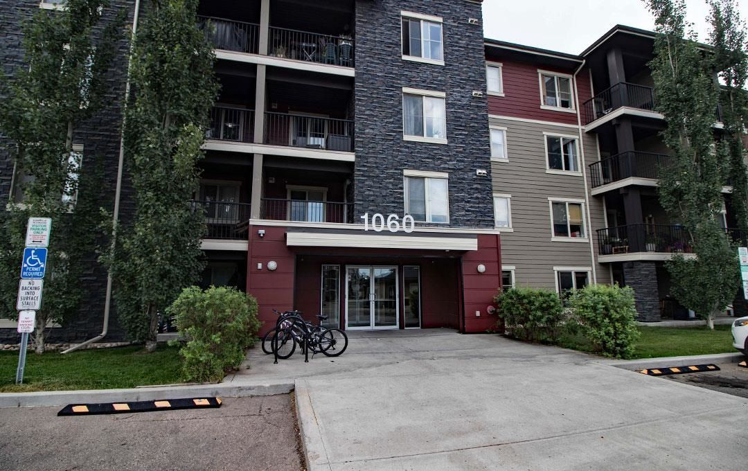 Main Photo: 215 1060 McConachie Boulevard in Edmonton: Zone 03 Condo for sale : MLS®# E4257715