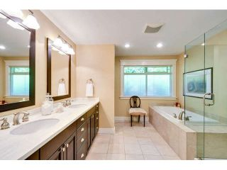 """Photo 15: 2476 124TH Street in Surrey: Crescent Bch Ocean Pk. House for sale in """"OCEAN PARK"""" (South Surrey White Rock)  : MLS®# F1448273"""