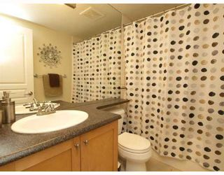 Photo 10: 14 288 ST DAVIDS Avenue in North_Vancouver: Lower Lonsdale Townhouse for sale (North Vancouver)  : MLS®# V764880