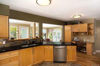 Photo 11: 1415 Oliver St in Oak Bay: OB South Oak Bay House for sale : MLS®# 841439